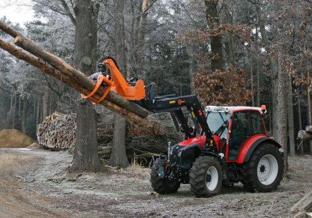 Lindner Traktoren: Mit Tiroler Know-how erfolgreich im Wald